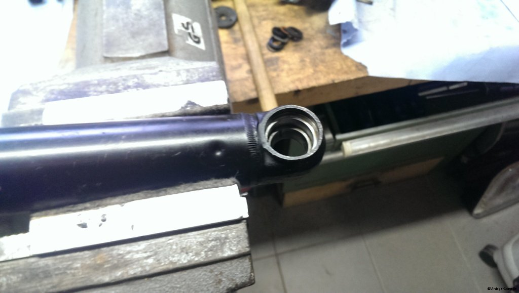 power_steering_cylinder_rebuild_11